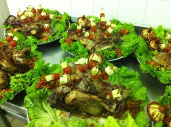 Menu traiteur salade compos e m choui et for Decoration de salade de fruits