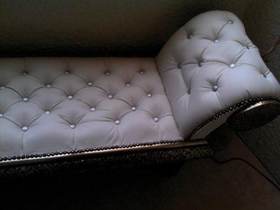 canap blanc marocain blog de deco eclat orient. Black Bedroom Furniture Sets. Home Design Ideas